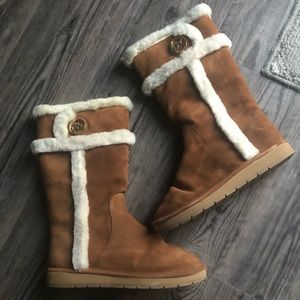 MK winter boots